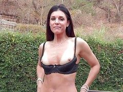 Tall pessimistic India Summer is a charming milf with perfect