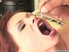 Katja Kassin holds her mouth about