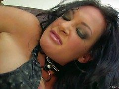 Black haired nasty milf Tory Lane encircling fat juicy ass